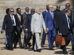 Chogm Modi Joins Other Commonwealth Leaders Windsor Castle