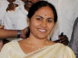 No Coalition Bjp Will Romp Home Comfortably Says Shobha Karandlaje