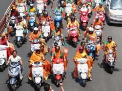 Bjp Mahila Morcha To Organise 300 Motorbike Rally Across The Country