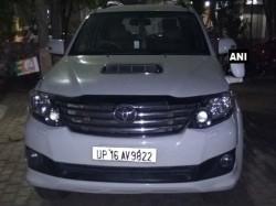 Up Bjp Mla Nandkishore Gurjar Attacked Miscreants Sahibabad