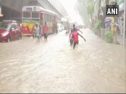 Heavy Rains Lash Mumbai Flights Affected