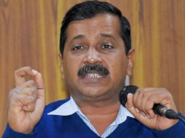 Kejriwal's to EC on bribery remarks