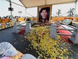 TN approves memorial for Jayalalithaa