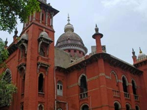 AIADMK crisis: Madras HC to decide on the fate of Tamil Nadu government