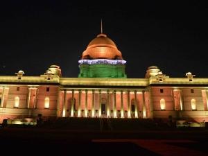 President inaugurates dynamic façade lighting of Rashtrapati Bhavan ahead of Republic Day