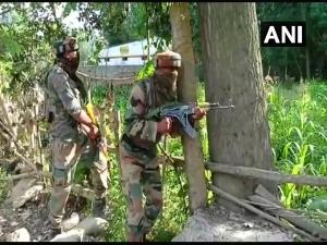 J&K: Two LeT terrorists killed, one surrenders in Kulgam
