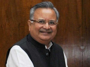Chhattisgarh govt to distribute 45 lakh mobile to poor to tell them about popular schemes
