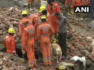 Ghaziabad building collapse: One body recovered from debris, nine others rescued