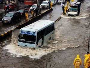 Weather forecast for July 23: Heavy rains to continue in Mumbai for the next two days