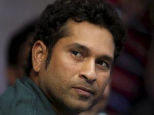 Sachin Tendulkar once played with tissues in underwear at World Cup!