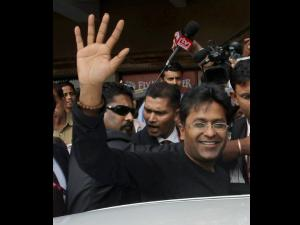 I am financing Verma's petition against Srinivasan: Lalit Modi