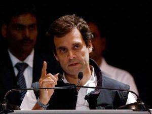 Rahul Gandhi visits slums, warns govt against demolition drive