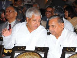 Forging alliance through matrimony? Mulayam's grandnephew to marry Lalu's daughter