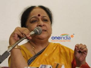 Jayanthi attack: Congress dodges, questions timing