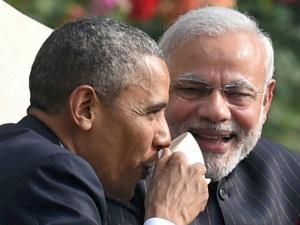 Obama in India: US Prez raises a toast at Rashtrapati Bhavan banquet