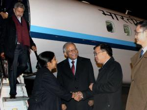 Sushma Swaraj proposes 6-point template for broad-based Sino-India ties