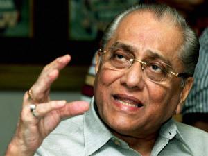 Jagmohan Dalmiya elected BCCI president