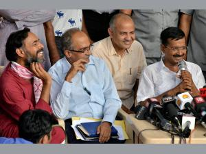 Rift in AAP deepens: Know where anti-Arvind Kejriwal and pro-Kejriwal camps stand