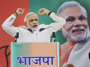 Congress too used Vajpayee's policies, says Modi