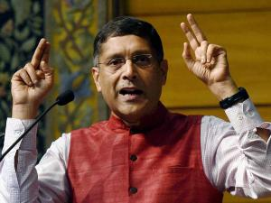 Arvind Subramanian quits as Economic Advisor, Jaitley accepts the resignation