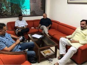 Delhi CMArvind Kejriwal ends sit-in protest at L-G's office