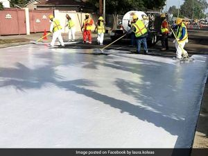 Los Angeles streets coated with Coolseal