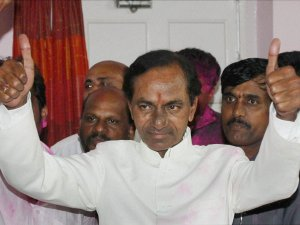 Telangana: 10 ministers inducted in KCR'