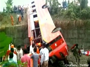 Six Killed As Jeep Falls Into Gorge