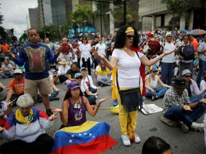 Venezuelan Parliament Attacked Several Injured