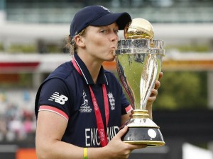 I Can T Stop Smiling Says England Captain Heather Knight