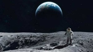 We Are Going To The Moon But This Time A Woman Will Walk On The Surface