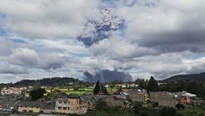 Sinabung Volcano Eruption Geologist Suggests Villagers To Stay 5 Km Away From Volcanic Crater