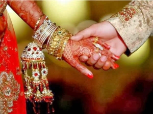 For the cause of life and love, this Bengal bride organises blood donation camp on her wedding day