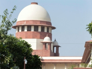 SC to decide tomorrow when to take up petitions against Sabarimala verdict
