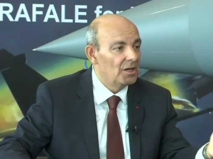 'I don't lie, I don't have a reputation of lying', says Dassault CEO
