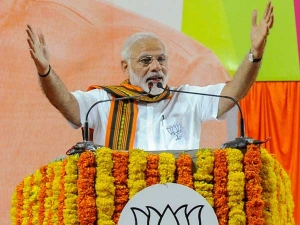 With eye on 2019, Modi to visit Sonia Gandhi's turf Rae Bareli today