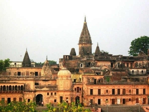Ayodhya land dispute: AIMPLB calls for emergency meeting today