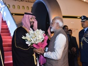 PM Modi to hold talks with Saudi Crown Prince today; Cross-border terrorism tops agenda