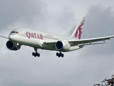 Plane goes slightly off runway in kochi