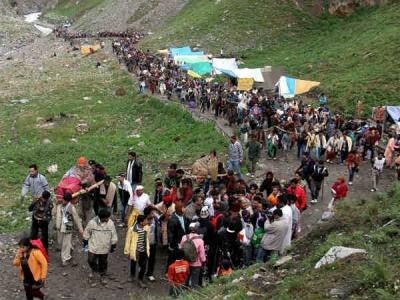 2.74 lakh pilgrims pay obeisance