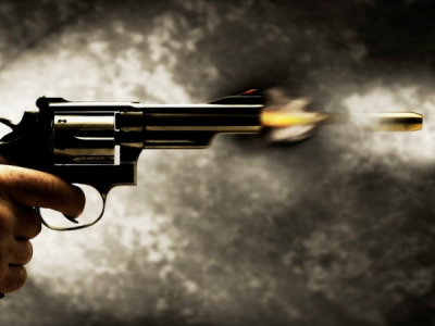 Woman opens fire at auto-driver