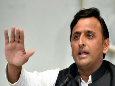 Akhilesh thanks Mayawati after win