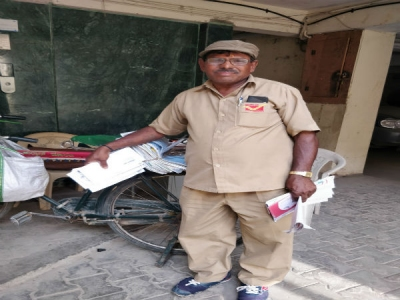B'luru postman delivers 600 mails daily