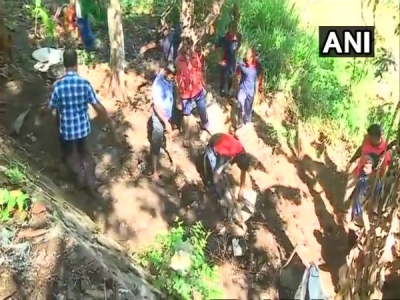 Kerala: Citizens clean Killi river