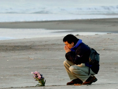Japan reopens beaches hit by 2011