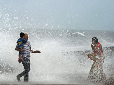 Mumbai rains to pick pace again by July