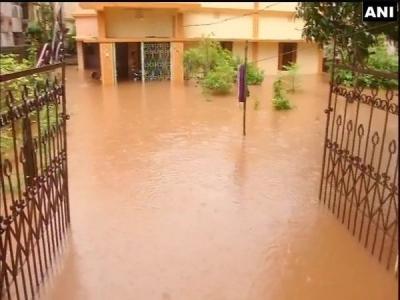 Heavy rainfall triggers floods in Odisha