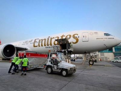 Emirates SkyCargo carry relief materials