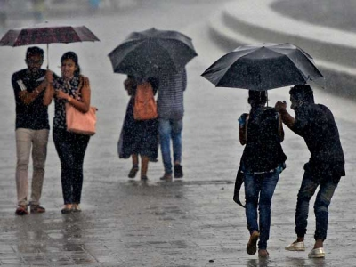 Light to moderate rains likely in Mumbai