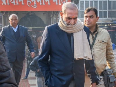 Sajjan Kumar resigns from primary member